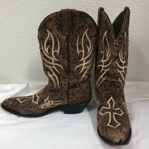 Womens Justin distressed embroidered cross boots 9